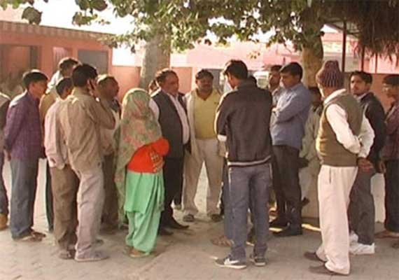 UP upper caste panchayat hangs Dalit youth from a tree for extramarital affair