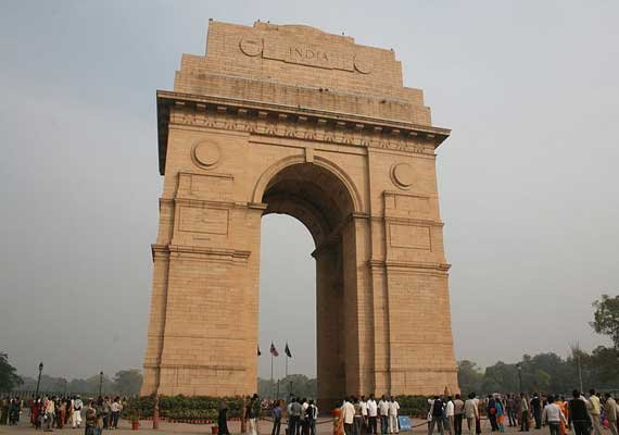 essay on indian historical monuments