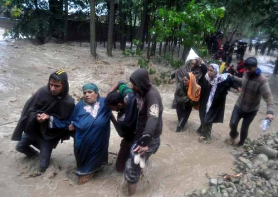 kashmir tragedy Srinagar, june 4: security forces averted a major tragedy after they detected and defused an improvised explosive device (ied) planted by militants on roadside at.