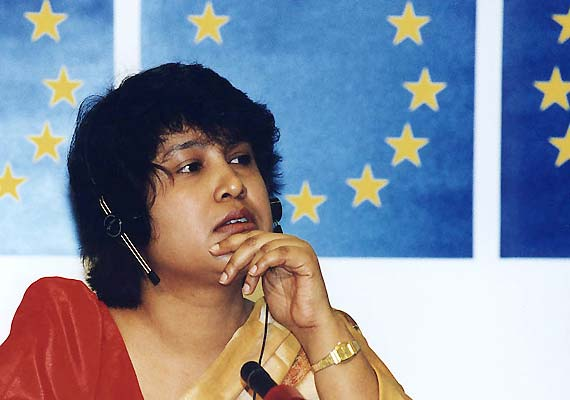 Intellectuals bat for Taslima's return to Kolkata