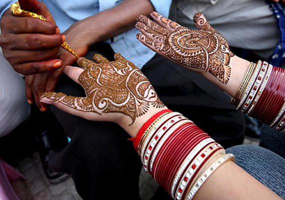 Mehndi containing chemicals can cause serious skin infections, say doctors