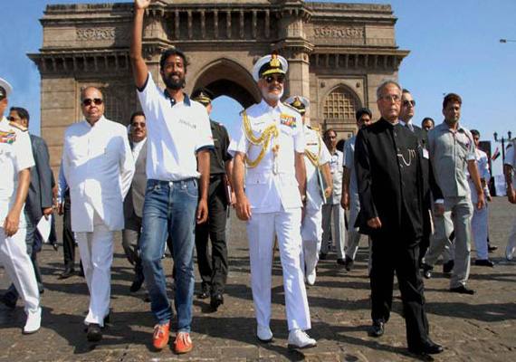 Naval pilot Abhilash Tomy becomes first Indian to sail round the world solo, welcomed by President