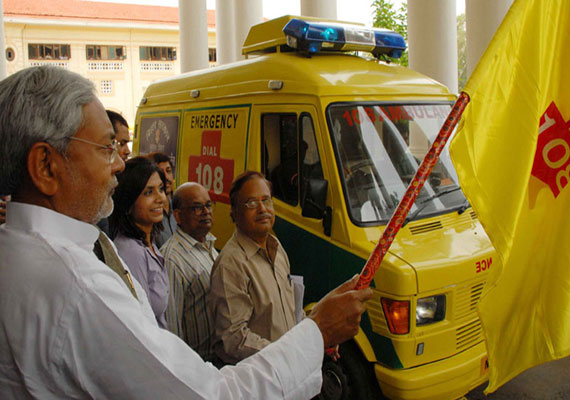Nitish flags off advance life support Ambulance