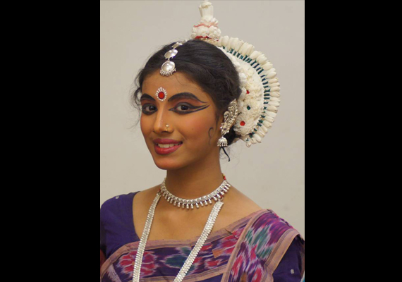 Noida schoolgirl Shambhawi to perform at Konark Dance Festival