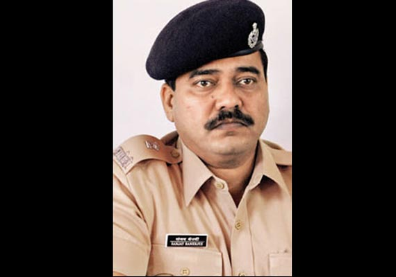 Maharashtra ATS DCP Banerjee shoots himself with own service revolver