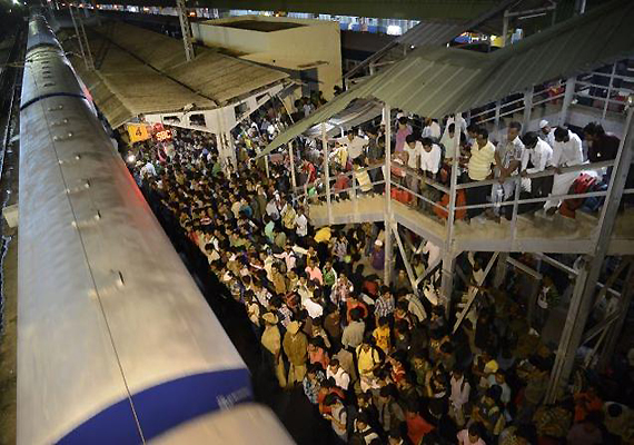 Rumour mills fuelled fear among North East people fleeing Bangalore
