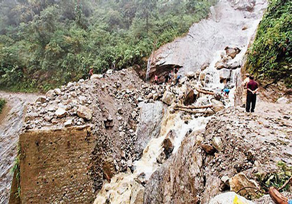 Ten bodies of GREF personnel recovered at Rangna range landslide