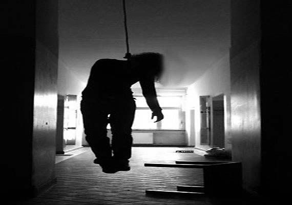 Two students commit suicide after getting low marks