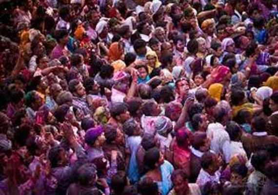 Three devotees dead, 20 devotees hospitalized after Mathura temple stampede