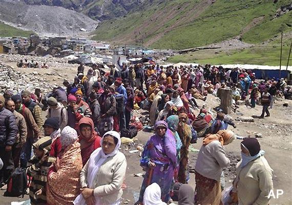 Uttarakhand: 8,000 still trapped in Kedarnath