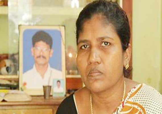 Wife of Indian fisherman shot dead by Italian marines, seeks justice