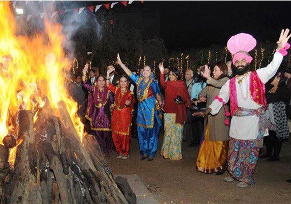 With bonfires and drumbeats delhi celebrates lohri