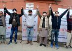 Blindfolded Kashmiri Pandit hugs it out to promote brotherhood