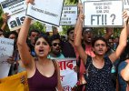 FTII student delegation meets I&B officials; no breakthrough