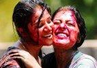 Risk of catching Swine Flu virus high on Holi, say experts