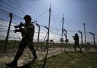 Pakistan violates ceasefire along LoC in Poonch, jawan killed