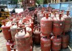 Non-subsidised LPG rates cut by Rs 23.50 per cylinder