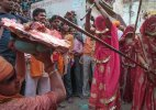 Barsana's 'Laathimaar' Holi draws massive crowds