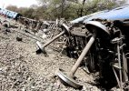 Train derails in Madhya Pradesh, casualties feared
