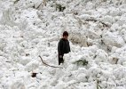 Avalanche warning: 27 families evacuated from Kulgam