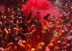 People celebrate Holi with full fervour in Bihar