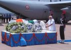 Dr. Abdul Kalam's mortal remains flown to Delhi for last respect: Top 5 News Headlines