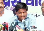 Hardik Patel arrives in Delhi to seek support of Jats and Gujjars