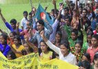 India-Bangladesh land boundary agreement:: Enclaves dwellers celebrate freedom