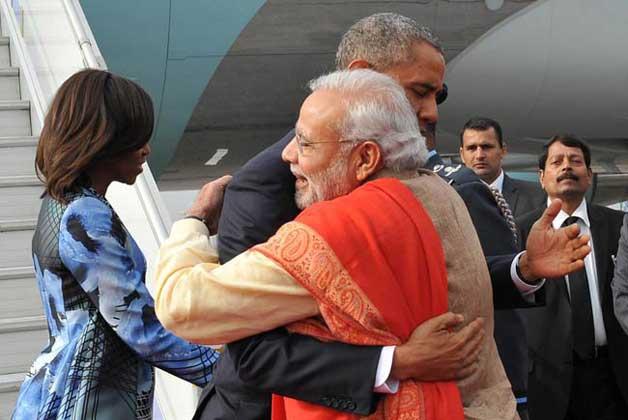 modi hugs obama