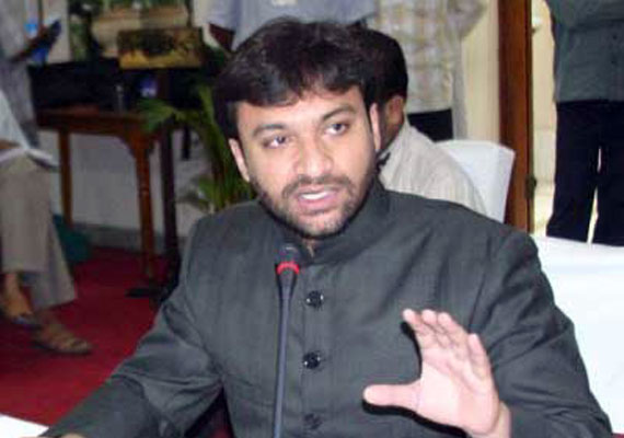 Owaisi returns home amid 'hate' speech row