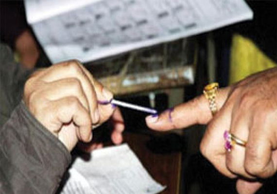 Brisk  to moderate polling in Tehri bypoll in Uttarakhand