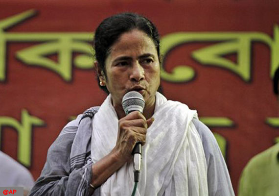 I can always hiss if I can't bite, Mamata quotes Ramakrishna Paramhansa