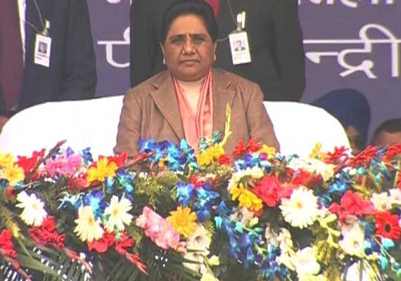 In pics: Mayawati's 'Savdhan Vishal Maha Rally' in Lucknow