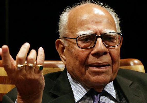 Jethmalani praises new CBI chief Ranjit Sinha, criticizes BJP stand