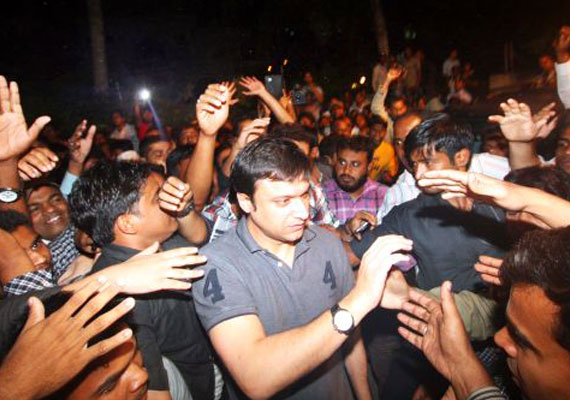 Akbaruddin Owaisi arrested in hate speech case