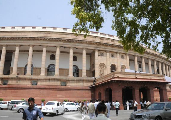 Parliament again disrupted over FDI in retail