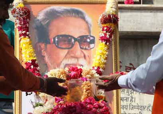 Shiv Sena amenable to shifting Bal Thackeray's samadhi sthal