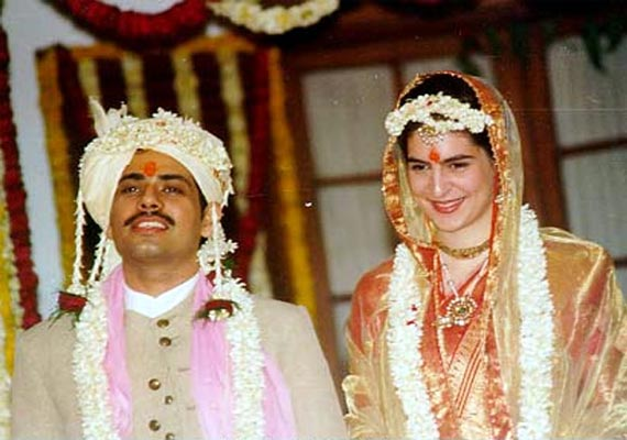 Timeless pictures of Priyanka Gandhi and Robert Vadra's wedding