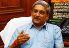 Manohar Parrikar bats for combat role for women in armed forces