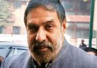 Govt brings up Anand Sharma's letter to check Congress offensive on land law