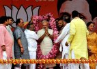 PM Modi presents 1 yr report card; says 'bure din' for scamsters