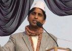Kumar Vishwas targets Rahul Gandhi, to hold farmers rally tomorrow
