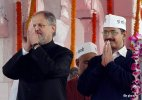 Najeeb Jung, Arvind Kejriwal responsible for Delhi 'mess': Congress