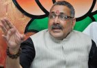 Congress accepted Sonia Gandhi as leader because of her 'white-skin', says Giriraj Singh