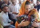 Rahul will come back soon, Sonia Gandhi assures people of Amethi