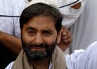 Yasin Malik detained as JKLF men clash with security forces