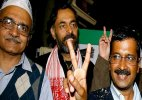 AAP crisis: Prashant Bhushan, Yogendra Yadav may be out of PAC today