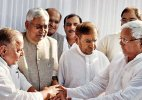 Grand alliance will remain intact: Sharad Yadav after meeting Mulayam