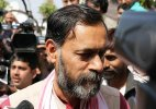 AAP removes Yogendra Yadav from chief spokesperson post, appoints a 20-member panel