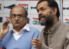 Ousted AAP members Yogendra Yadav, Prashant Bhushan hint at forming another party
